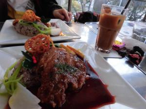 20141221_cimg0551_lunch